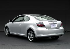 2009 Scion tC Photo 8