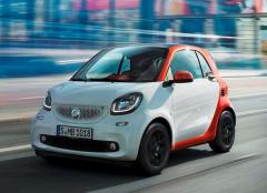 2016 smart fortwo Photo 1