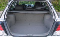 2004 Subaru Outback interior