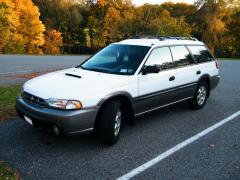 1999 Subaru Legacy Photo 1