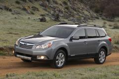 2010 Subaru Outback Photo 1