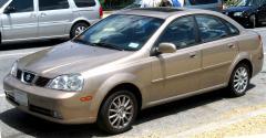 2004 Suzuki Forenza Photo 2