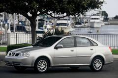 2004 Suzuki Forenza Photo 3