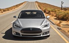 2013 Tesla Model S Photo 7