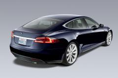 2014 Tesla Model S Photo 2