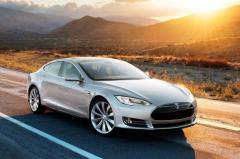 2015 Tesla Model S Photo 3