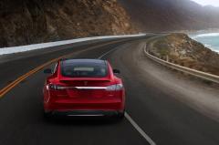 2016 Tesla Model S exterior