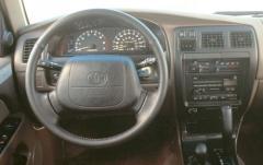 1996 Toyota 4Runner interior