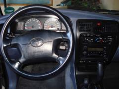 2000 Toyota 4Runner Photo 5