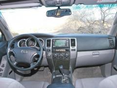 2003 Toyota 4Runner Photo 2