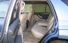 2005 Toyota 4Runner interior
