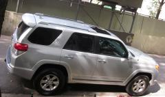 2011 Toyota 4Runner Photo 2