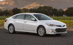 2013 Toyota Avalon Hybrid Photo 1