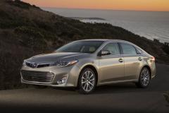 2015 Toyota Avalon Hybrid Photo 3