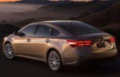 2015 Toyota Avalon Hybrid Photo 6