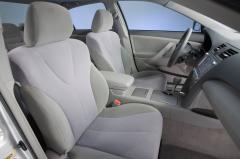 2010 Toyota Camry Hybrid interior