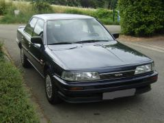 1990 Toyota Camry Photo 2