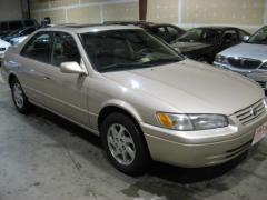 1997 Toyota Camry LE V6 Photo 1