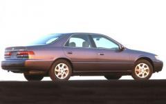 1999 Toyota Camry exterior