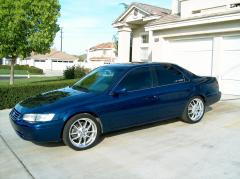 1999 Toyota Camry Photo 2