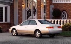 2001 Toyota Camry exterior
