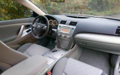 2009 Toyota Camry Photo 8
