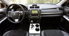 2012 Toyota Camry Photo 3