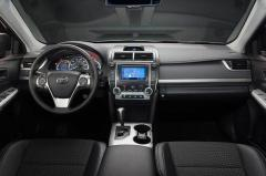 2012 Toyota Camry LE Photo 5
