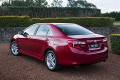 2013 Toyota Camry Photo 4