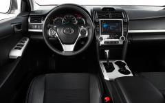 2013 Toyota Camry Photo 6