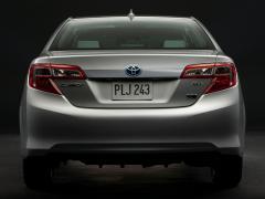 2014 Toyota Camry Photo 7
