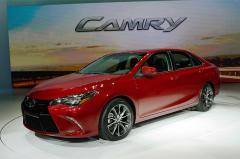 2015 Toyota Camry Photo 1