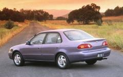 1999 Toyota Corolla exterior