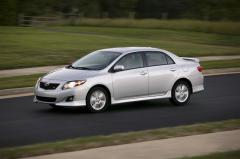 2010 Toyota Corolla S 4-Speed AT Photo 1