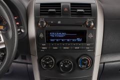 2013 Toyota Corolla interior