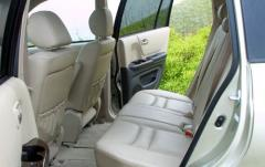2001 Toyota Highlander interior