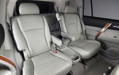 2008 Toyota Highlander interior