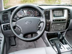 2006 Toyota Land Cruiser Photo 5