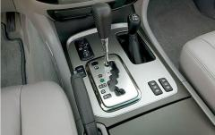 2006 Toyota Land Cruiser interior