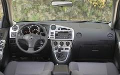 2006 Toyota Matrix interior