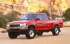 1990 Toyota Pickup exterior