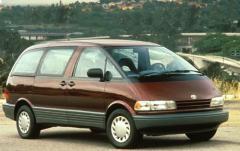 1992 Toyota Previa exterior