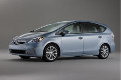 2012 Toyota Prius Photo 2