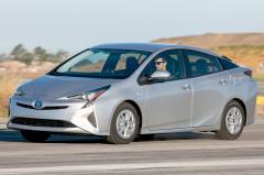 2016 Toyota Prius exterior
