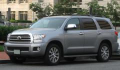 2002 Toyota Sequoia Photo 1
