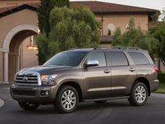 2011 Toyota Sequoia Photo 1