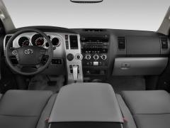 2012 Toyota Sequoia Photo 3