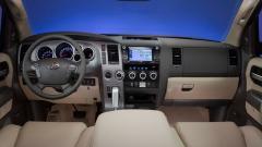 2012 Toyota Sequoia Photo 4