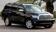 2015 Toyota Sequoia Photo 1