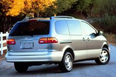 1998 Toyota Sienna Photo 5